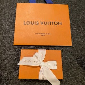 Louis Vuitton Gift Wrapping